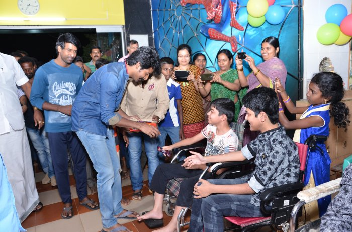 Actor Siva Karthikeyan & Suri Visit Mayopathy